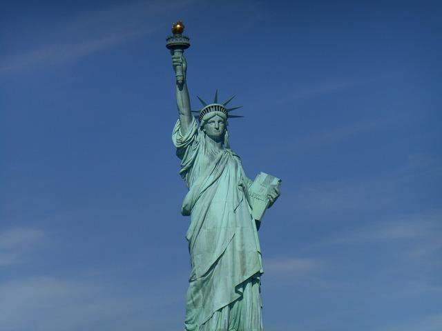 statue-of-liberty-2720949_640